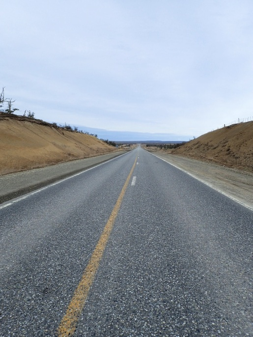 Des routes interminables sur lesquelles le vent est roi...