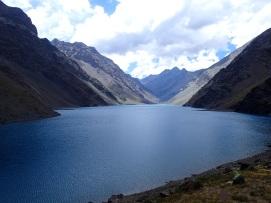 La majestueuse Laguna del Inca toute proche du passage de frontière au Cristo Redentor