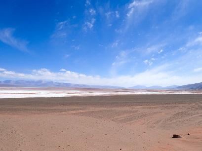 Transition entre le sable et le sel du Salar de Pocitos