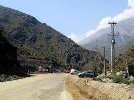 Entrée de la mine Rio Blanco qui m'a bloqué la route au Nord de Santiago