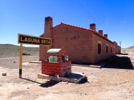 Ancienne gare de la Laguna Seca, qui m'a permis de trouver un peu d'ombre pour ma dernière pause sur cette étape