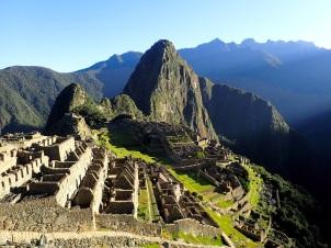 """La vue carte postale sur la ville perdue du Machu Picchu (""""Vieille Montagne"""")"""
