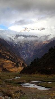 La vallée de Jancapampa dominée par les sommets du Pucajirca