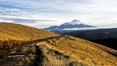 Le volcan Cayambe au petit matin
